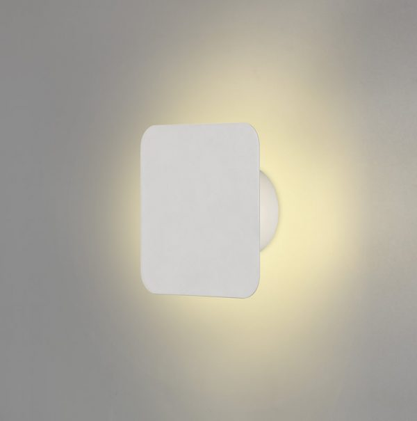 Lichfield Lighting Maxwell Magnetic Base Wall Lamp, 12W LED 3000K 498lm, 15cm Square, Sand White photo 1