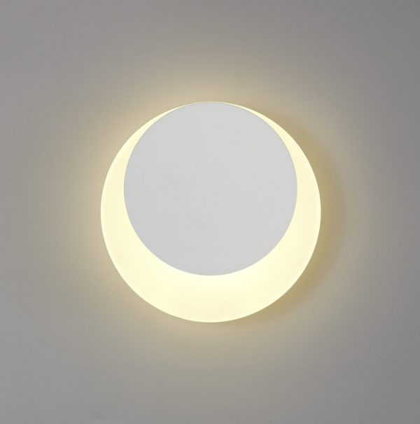 Lichfield Lighting Maxwell Magnetic Base Wall Lamp, 12W LED 3000K 498lm, 15/19cm Round Top Offset, Sand White/Acrylic Frosted Diffuser photo 1