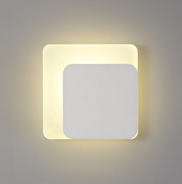 Lichfield Lighting Maxwell Magnetic Base Wall Lamp, 12W LED 3000K 498lm, 15/19cm Square Right Offset, Sand White/Acrylic Frosted Diffuser photo 1